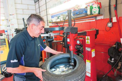 tyre-machine